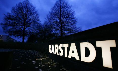 Creditors agree to sell retailer Karstadt