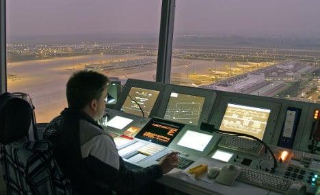 Air traffic controllers back strike