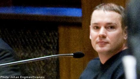 Swedish ex-Nazi extradited over sign theft