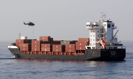 Dutch rescue German ship from pirates