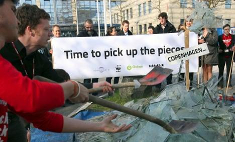 UN climate talks in Bonn suffer early setbacks