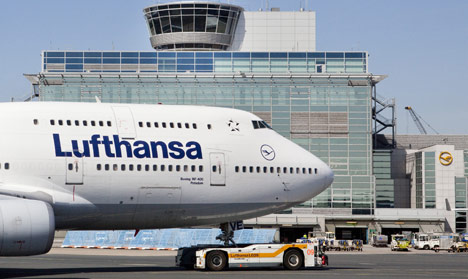 Lufthansa forecasts higher profits for 2010
