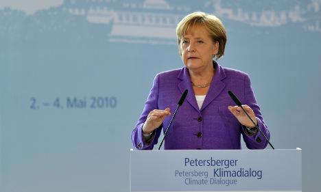 Merkel urges trust in next round of climate talks
