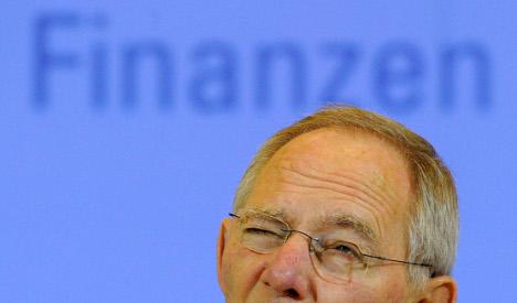 Schäuble warns Greeks to stick to austerity plan