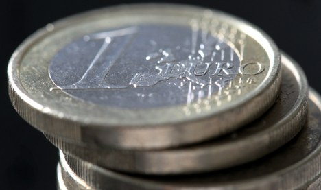 The euro rescue package poses incalculable risks
