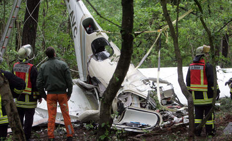 Four dead after small plane crash in North Rhine-Westphalia