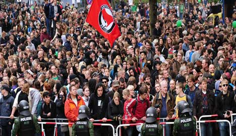 Thousands protest neo-Nazis on May Day