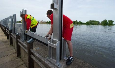 Brandenburg on alert as floodwaters rise