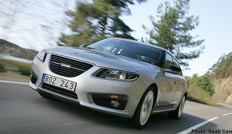 Saab unveils new Saab 9-5 to journalists