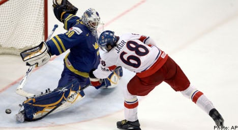 Shoot-out despair as Sweden lose to Czechs