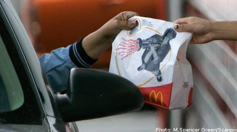 Man loses finger at McDonald's drive-thru