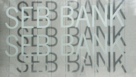 SEB sells German retail banking to Santander
