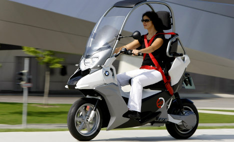 BMW and Daimler planning electric city scooters