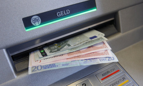 Banks' €5 ATM fee cap rejected