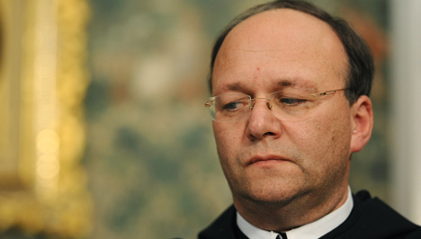 Catholic abbot returns to office despite abuse scandal