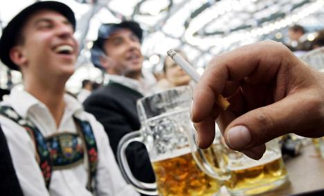 Oktoberfest to enforce strict smoking ban