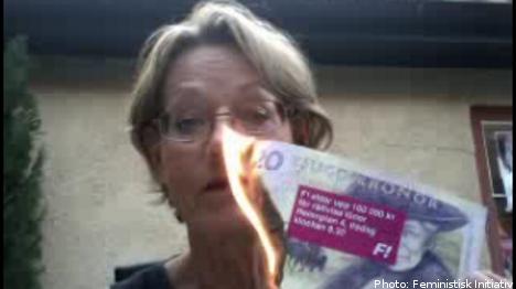 Feminist cash burning provokes backlash