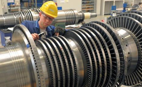 Siemens lands Russian train and turbine deals