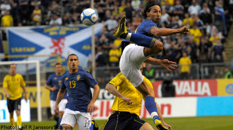 Ibrahimovic on target as Sweden beat Scotland
