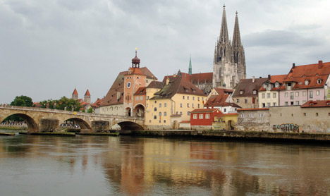 Regensburg waiters unite in refusing service to neo-Nazis