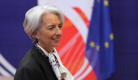 France weighs into German wage debate