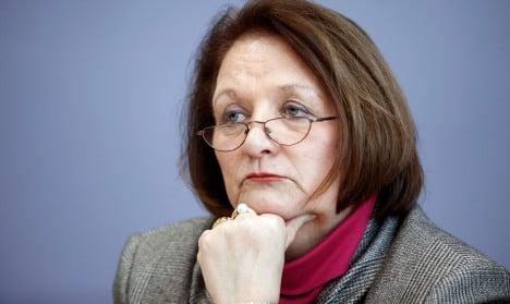 Germany ready to take on ageing Nazi hitman