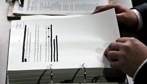 Stasi checks for public servants extended