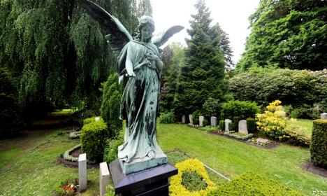 Cemetery offers luxury graves at bargain prices to encourage restoration