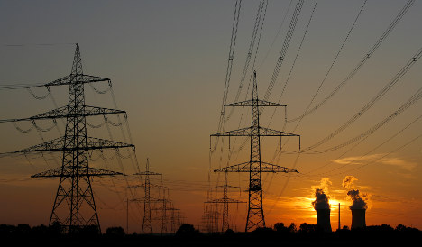 EON presses Merkel on extending nuclear power