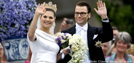 Princess accused of taking honeymoon bribe