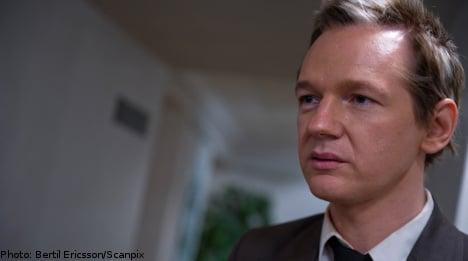 WikiLeaks' Assange interrogated by police