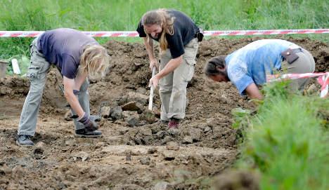 Czechs probe massacre of Sudeten Germans