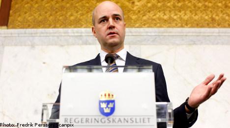 Reinfeldt misses out on overall majority