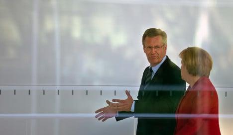 Public support for Sarrazin puts politicians in spin