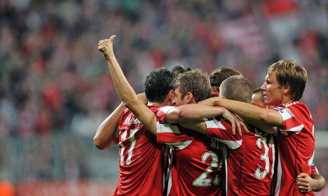 Late goals secure Bayern win against Roma