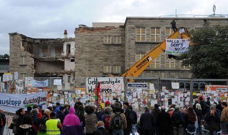 Rail passenger group calls for end to Stuttgart 21