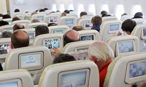 Politicians demand airlines provide more leg room