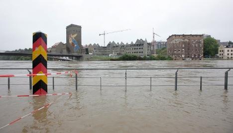 Evacuations begin amid record flooding in Brandenburg