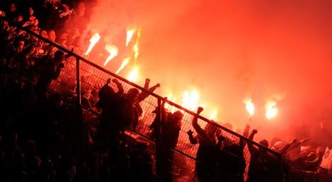 Police patrol for hooligans ahead of Euro 2012 clash