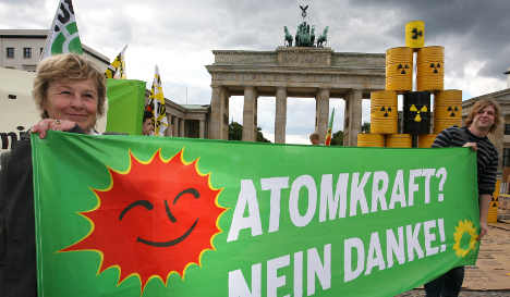Merkel calls nuclear energy summit to decide course of action