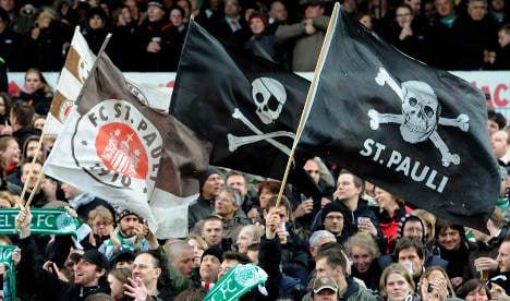 Hamburg braces for fiery football derby