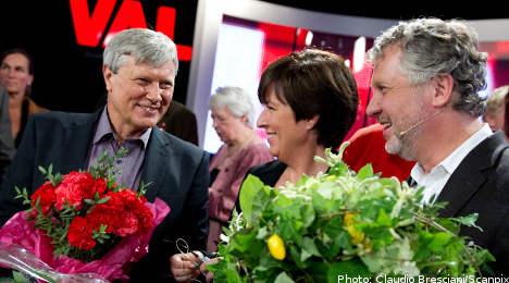 Left leader makes on-air wedding proposal
