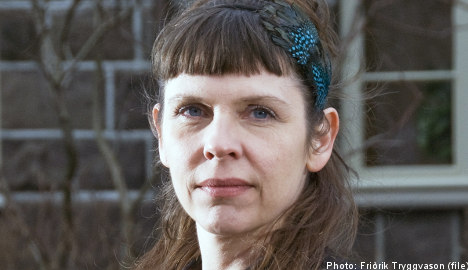 Iceland MP: Assange should resign