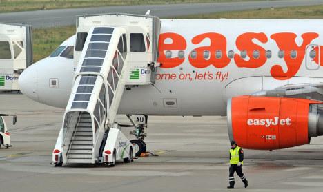 'Dead Willi' on UK flight makes it back to Berlin