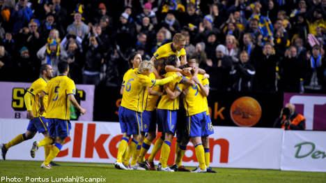 Sweden impress in Hungary win