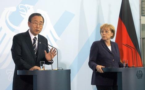 Merkel says poverty decline is too slow