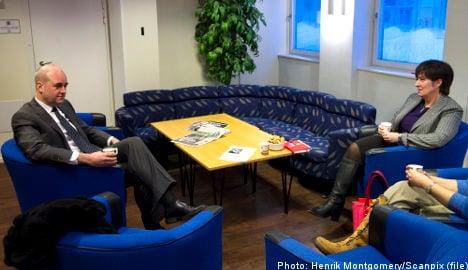 Reinfeldt phones Sahlin to talk cooperation