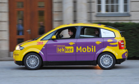 Electric car sets new distance record