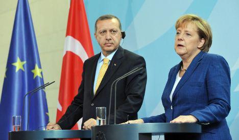 Merkel promises German help in Cyprus impasse