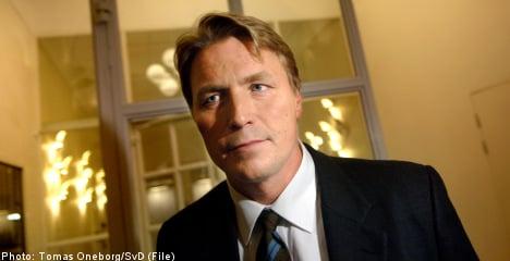 Bodström chooses family over Riksdag